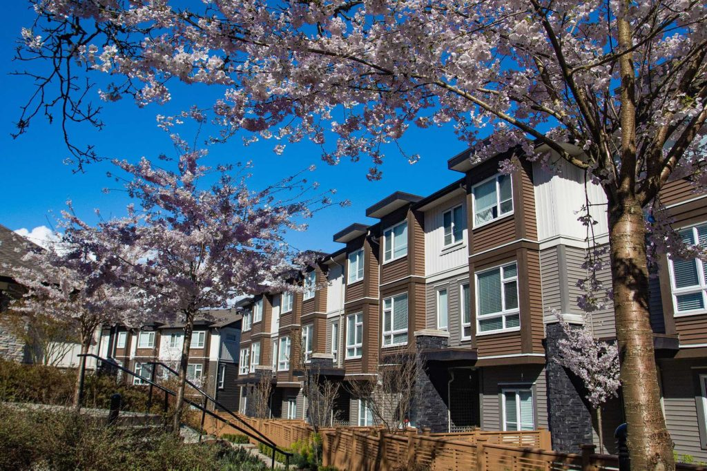 List and sell your Victoria Fairfield neighbourhood condo with Pemberton Holmes